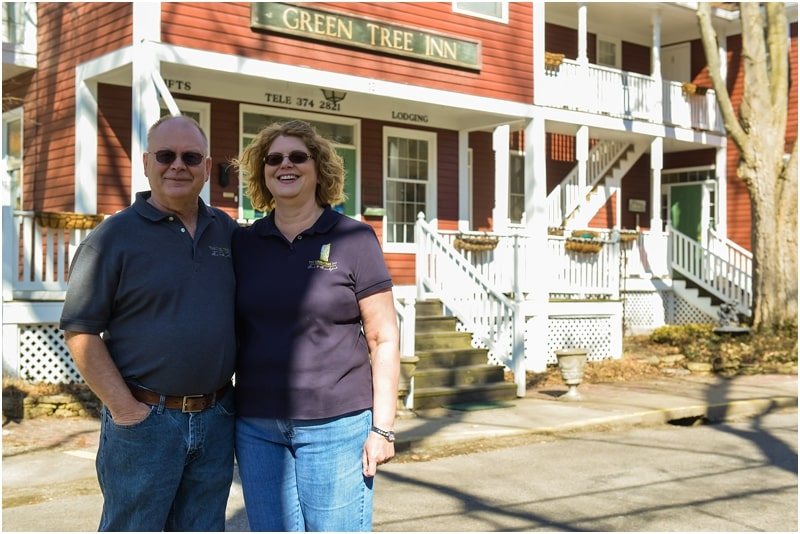 Gary and Connie in front of Green Tree Inn
